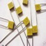 M39014/01-1293, Cap Ceramic 47pF 200V BX 10% Radial 5.08mm (0.01%FR) 125°C Bulk