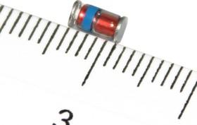 Фото 1/2 DL4735A, Стабилитрон 6.2В, 5%, 1Вт, MELF
