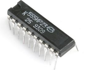 Фото 1/2 К555ИР23 (90-97г), 8-ми разрядный синхронный буферный регистр с инверсным (импульсным) управлением (SN74LS374N)