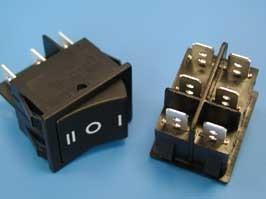 SWR-79, Выключатель 220В 6 контактов 29х22мм, черный, вкл-выкл-вкл