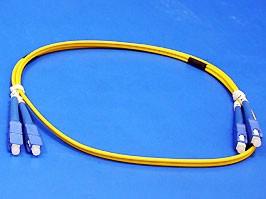 13-FFS1F08-1M/9/125 SC/PC-SC/PC 3.0mm, SC-SC патч-корд одномодовый (9/125), 1м (Duplex)