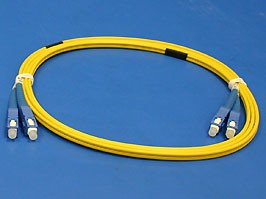 13-FFS1F08-2M/9/125 SC/PC-SC/PC 3.0mm, SC-SC патч-корд одномодовый, 2м (Duplex)