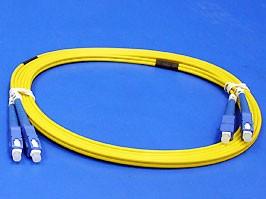 13-FFS1F08-3M/9/125 SC/PC- SC/PC 3.0 mm Duplex LSZH, SC-SC патч-корд одномодовый, 3м (Duplex)