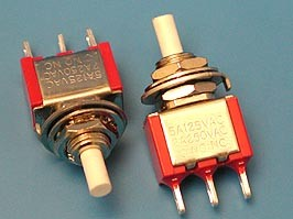 PSW-12, Кнопка круглая 220В 2А, крепление гайка