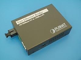 FT-806A20, Медиаконвертер 100Мб/с RJ-45 - 100Мб/с SC, SM, WDM, Tx1310/Rx:1550, 20км