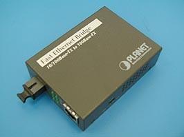 FT-806B20, Медиаконвертер 100Мб/с RJ-45 - 100Мб/с SC, SM, WDM, Tx1550/Rx:1310, 20км