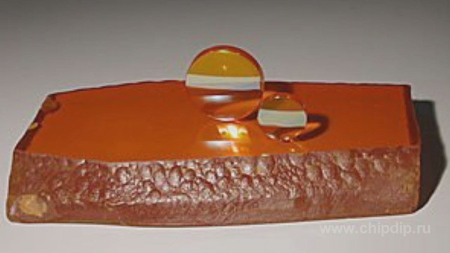 В природе весьма редко встречается в виде минерала - стилеита.  Применяется в радиотехнике в двух направлениях.