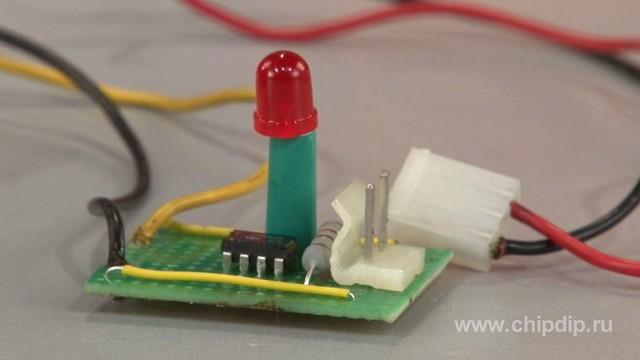 Индикатор тока заряда аккумулятора.  Сделай сам.  Watch in english.