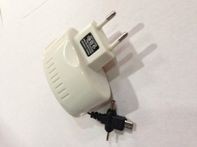 18-1118, Универсальное зарядное устройство microUSB