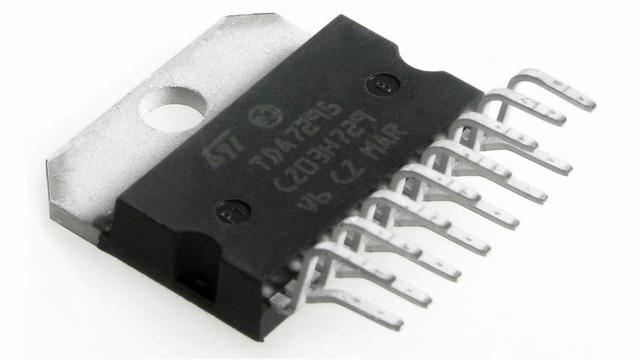 Микросхема TDA7295 - это мощный одноканальный Hi-Fi усилитель класса АВ...