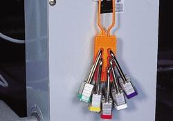 Блокиратор, не проводящий ток, на 6 замков материал - нейлон, цвет оранжевый