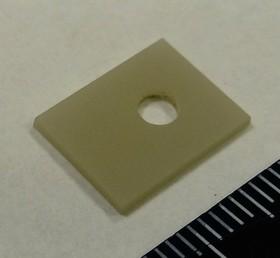 AlN KC304000-TO126.05N, Подложка керамическая теплопроводящая AlN 180 Вт/мК, 17кВ/мм для ТО-126 (0,5х10х13мм отверстие d3,1)