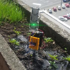 Простой контроллер полива растений на ATTINY