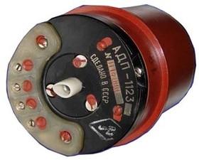 Двигатель переменного тока, 8462 двиг 120В~\3,7Вт\500Гц\ 9000\\АДП-1001