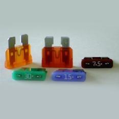 0ATO010.V, Fuse Blade 10A 32V Socket Automotive