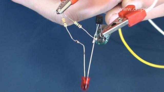 Светодиодный сигнализатор с