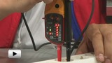 Watch video: Voltage Tester Fluke T140